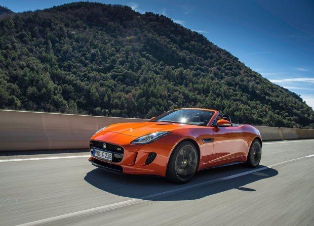 Jaguar Bringing F-Type To India In July