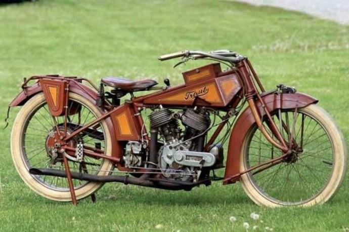 Traub Motorcycle 01 - parked jpg